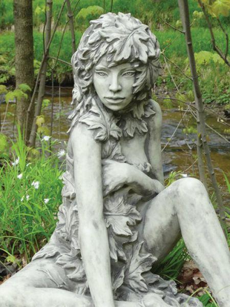 Gartenfigur Baumhüter AHORN aus Steinguss