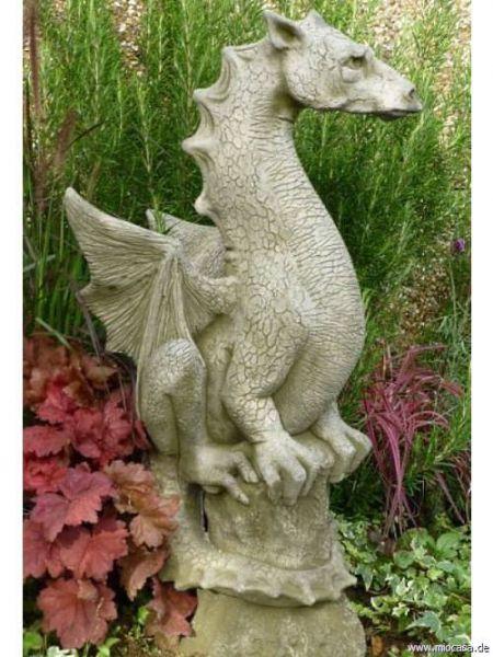 Drachenfigur Halvard by Fiona Jane Scott
