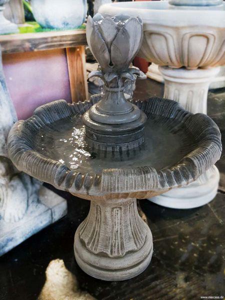 Wasserspiel Brunnen Magnolia Steinguss