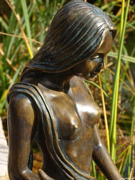 Bronzefigur Noelle Rottenecker