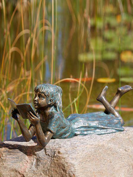 Lara die Leseratte aus Bronze