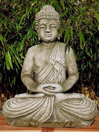 Großer Buddha in Meditationshaltung aus massivem und frostfestem Steinguss