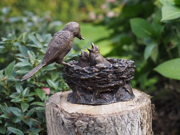 Vogelnest aus Bronze