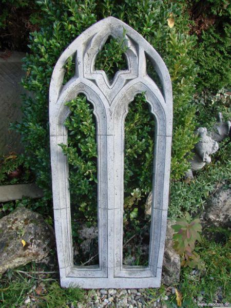 Gothisches Fenster für Ihre Gartenruine