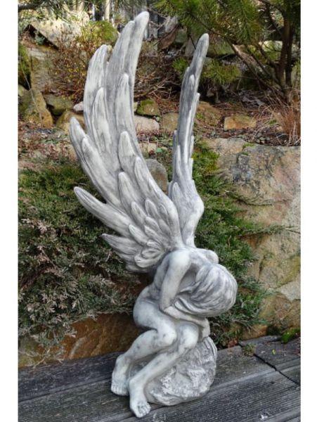Engel ATHENE aus Steinguss