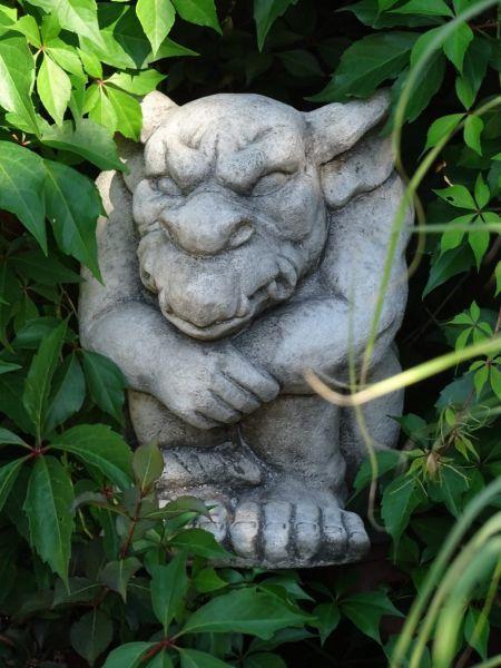 Massive Gartenfigur Gargoyle
