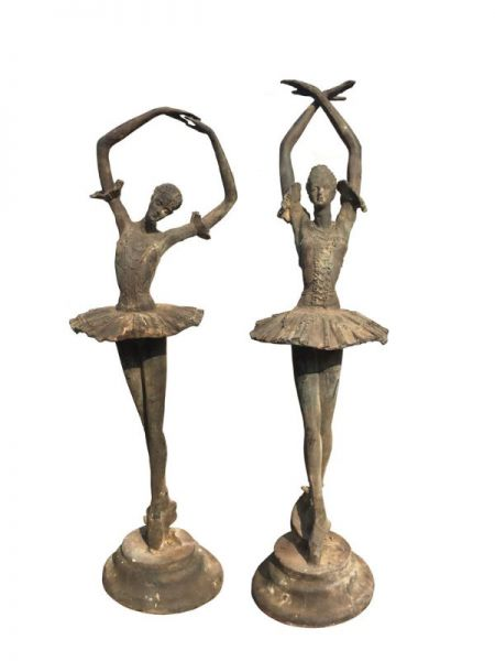 Ballerina Gusseisen aus Eisenguss mit Naturrost Patina antikgrün geschlämmt
