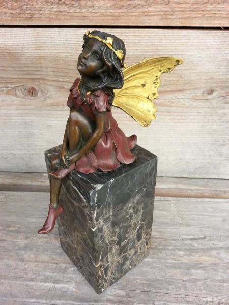 Kantensitzer Elfe Fee aus Bronze