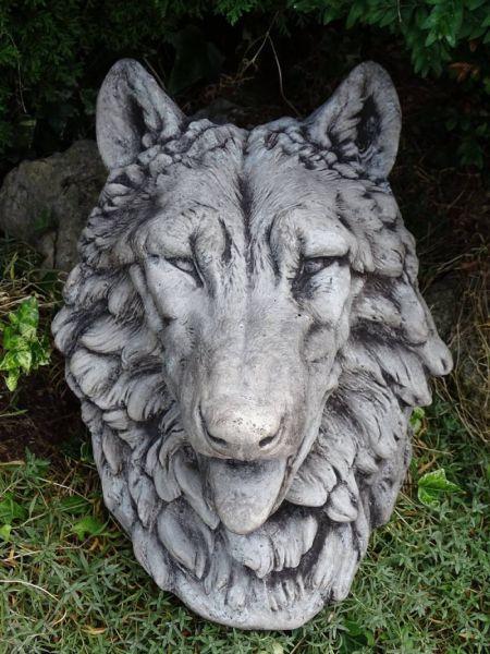 Wolfsmaske - Wolf Wandrelief Brunnenauslauf