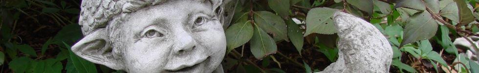 Steinfigur wichtel und trolle fantasievolle for Gartenfiguren aus steinguss