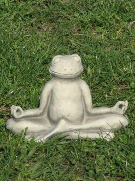Yoga Frosch aus Steinguss
