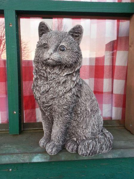 Katze Felix aus Steinguss