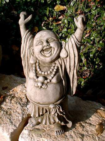 Hand up Buddha aus Steinguss