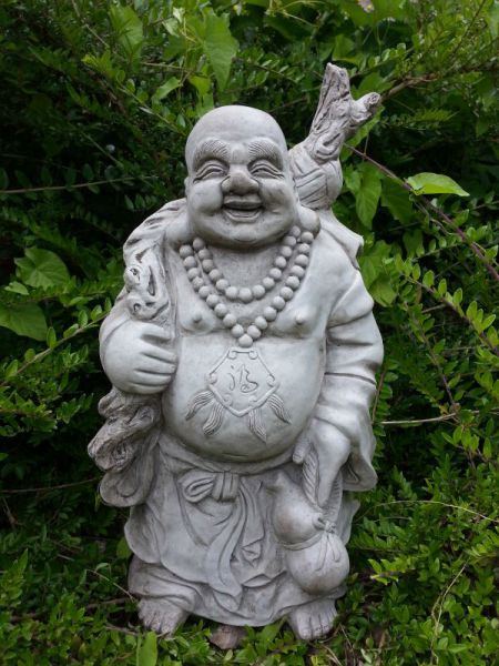 Happy Buddha aus massivem Steinguss