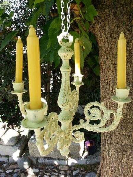 Kerzenständer oder Leuchter aus Eisen weiß