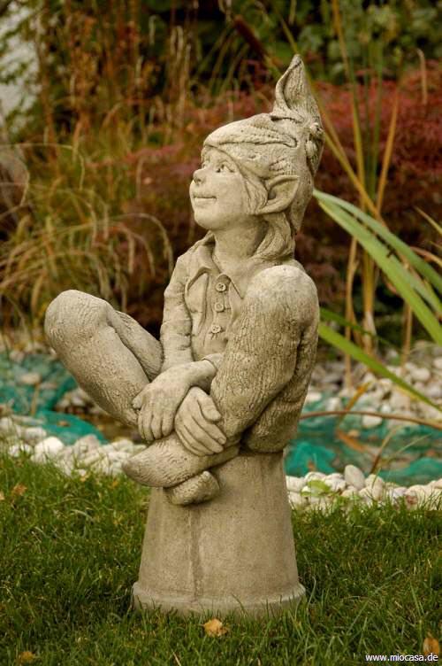 Fiona scott figur elfe susan aus frostfestem steinguss for Gartenfiguren aus steinguss