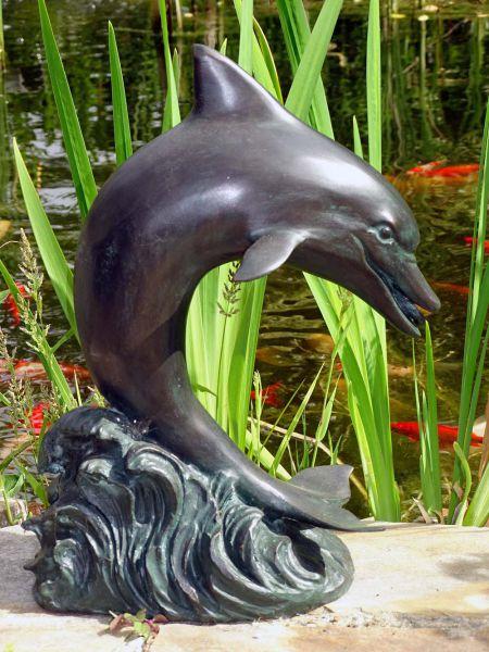 Delfin Bronzefigur