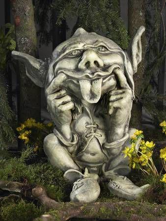Gnom Casimir - Troll Wichtel aus massivem Steinguss - Steinfigur für Ihren Garten