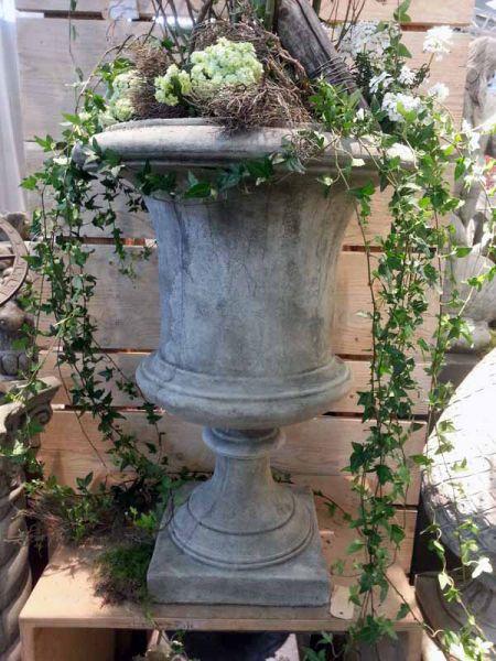 Gartenamphore & Gartenvase Vienna aus frostfestem Steinguss