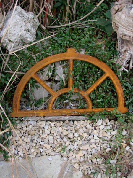 Fenster Gusseisen Stallfenster halbrund
