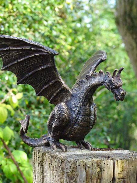 Bronzefigur Drache Terrador von Rottenecker