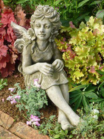 Steinfigur Fleur von Fiona Jane Scott