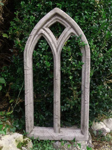Ruinenfenster Kirchenfenster aus Steinguss