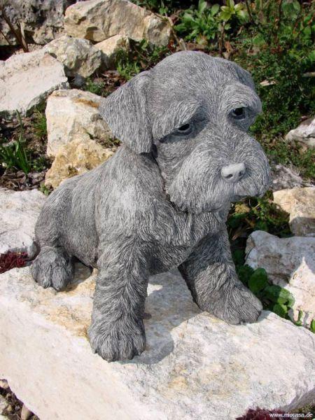 Hundefigur Schnauzer aus Steinguss
