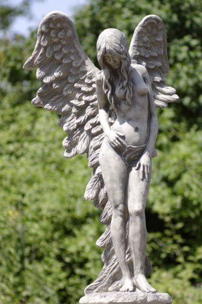 Engelfrau stehend SHEKINAH
