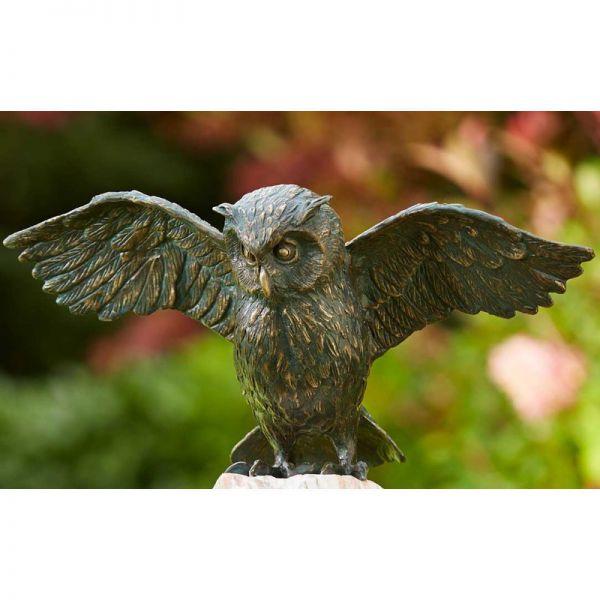 Uhu mit Flügel offen Rottenecker Bronzefigur