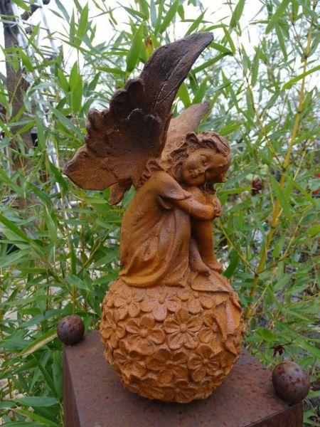 Blütenelfe Gusseisen Elfe mit Naturrost Patina