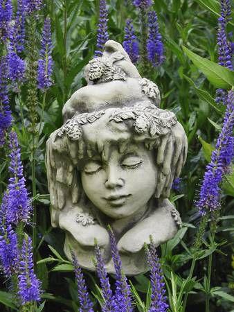 Blumenkind Winter aus Steinguss
