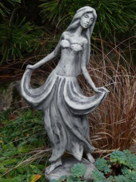 Blütentänzerin Fuchsie Steinfigur