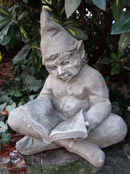 The Reader Devonshire Steinfigur