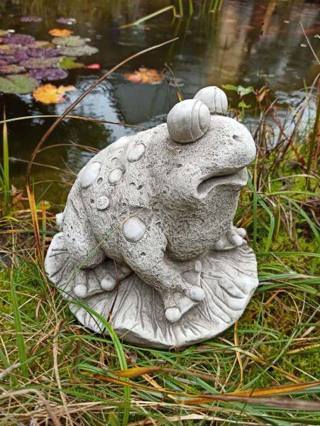 Frosch Willkommen aus Steinguss
