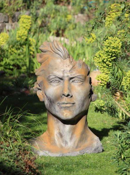 Gesicht Mann Rosteffekt aus Steinguss