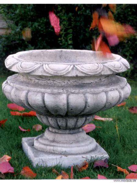 Vase Amphore aus frostfestem Steinguss