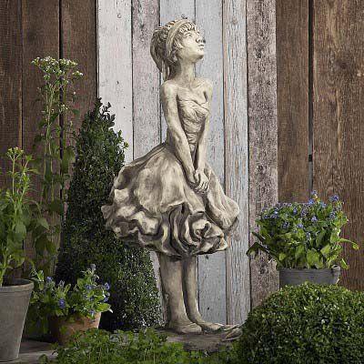Gartenfigur Blütendame Pfingstrose
