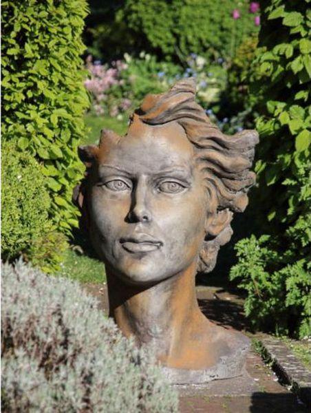 Gartenskulptur Büste Frau Rosteffekt