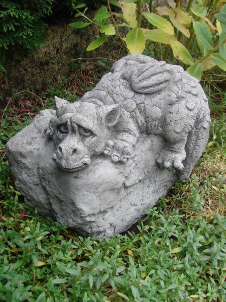 Drache aus Stein