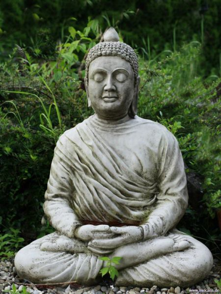 Großer meditierender Buddha aus Antiksteinguss