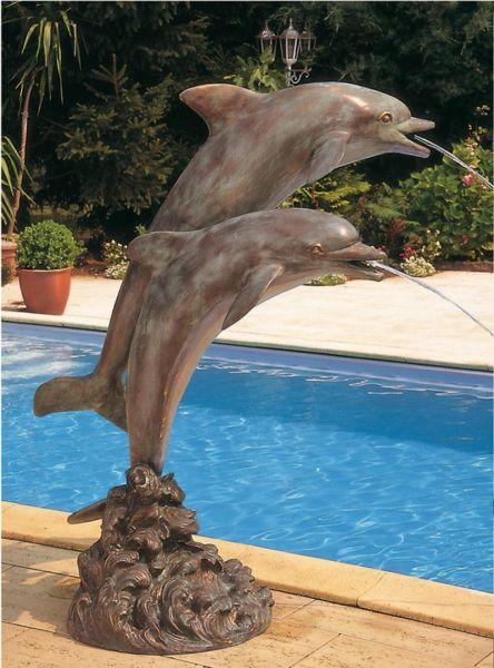 Bronzefigur Delfine im Sprung