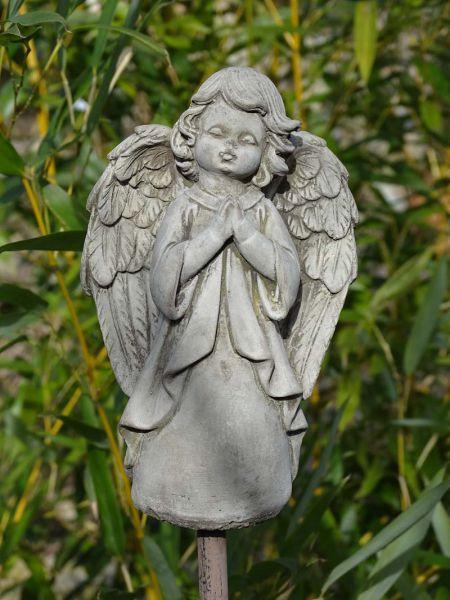 Kleiner Engel Steinguss