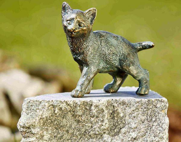 Rottenecker Katze aus Bronze stehend