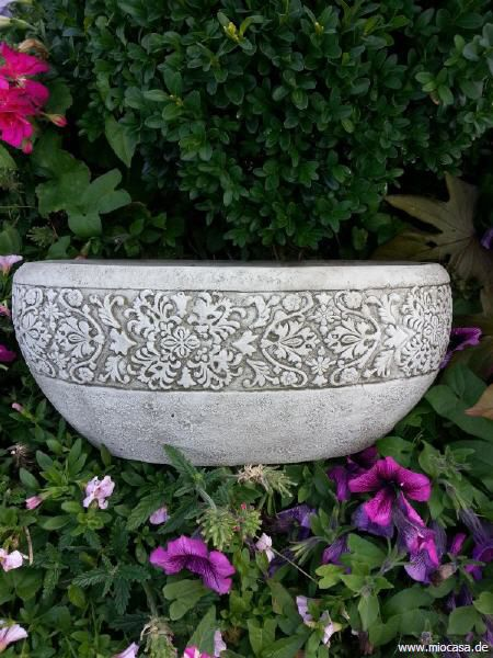 Ovale Vase Steinguss