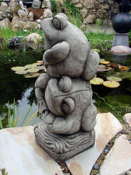 Wasserspeier Wasserspiel Froschpyramide