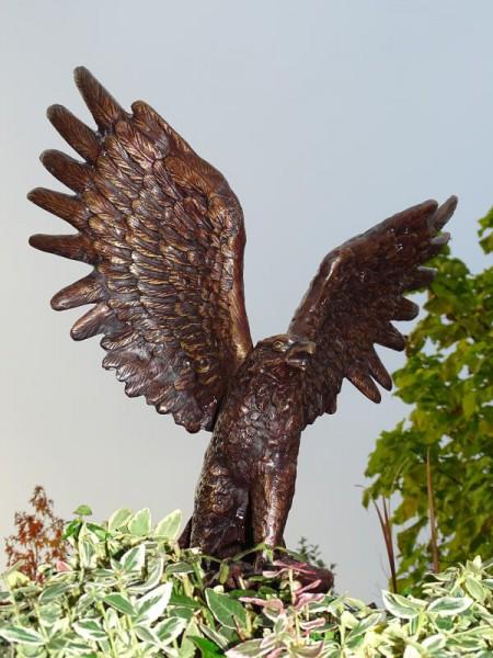 Bronzeskulptur Adler