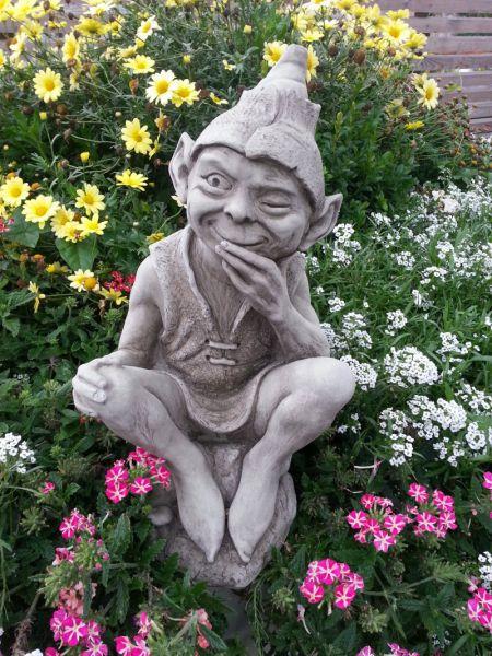 Englische Gartenfigur aus Steinguss