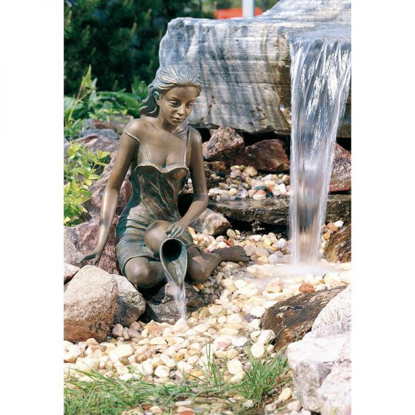 Bronzefigur Elonie von Rottenecker