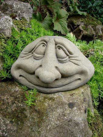 Pebble People Happy - Das Original aus englischem Antiksteinguss